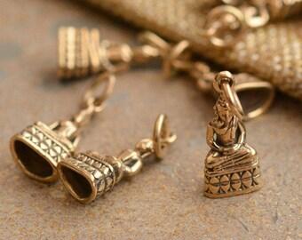 Small Bronze Buddha Charm,Meditation Buddha,Thai Buddha,Buddha Charms,Buddhist Charms,Golden,Seated,Yoga Charms,Lotus,Pack of 10,BS15-042