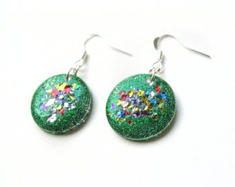 Green Sparkly Earrings, Confetti Dangle Earrings, Iridescent Festival Jewelry, Rainbow Glitter Earrings, Colorful Drop Earrings
