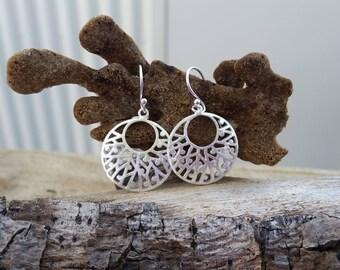 Ocean inspired sea coral filigree earrings // sterling silver