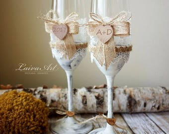 Wedding Champagne Flutes Toasting Glasses Rustic Toasting Flutes Wedding Champagne Flutes Bride and Groom Wedding Glasses