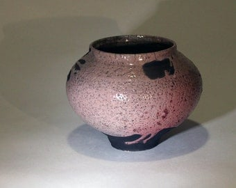 "Vase ""tall round"" rose"