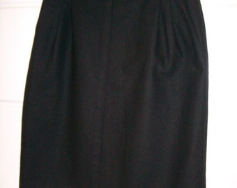 Etienne Aigner Black Wool Pleated Pencil Skirt US Size 8 Lined VTG