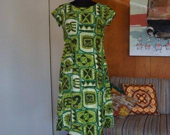Vintage 1970's Hawaiian Tiki Luau Waterfall Dress Size XS Kaikamahine Lime Green