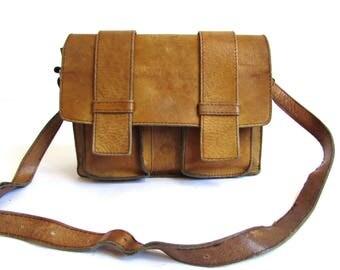 Vintage 70's Real Leather Camel Brown Bag Cross Body Messenger // Satchel Leather Bag