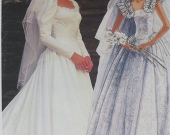 McCalls Wedding Dress Pattern by PRISCILLA - Size 6-8-10 - Vintage Bridal Gown