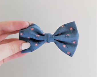Blue Pink Floral Hair Bow Clip // Flowers Hair Accessories // Blue Pink Girls Bow // Pattern Hair Bows // Alligator Clip // Medium Hair Bows