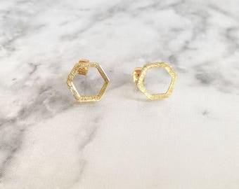 Gold Hexagon Studs, Gold Geometric Studs, Open Hexagon Earrings, Hexagon Studs, Minimal Gold Earrings, Gold Hexagon Earrings, Gold Studs