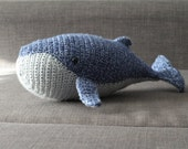 CUTE Baby HUMPBACK WHALE crochet amigurumi - Perfect for baby showers, in blue, pink or customized color