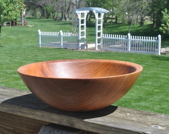 500 Classic Cherry Wood Salad or Fruit bowl