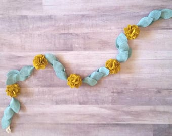 Felt Flower Garland, Felt Garland, Hydrangea Garland, Wedding garland, Christmas Garland, Wedding Decor, Nursery Decor, 3 ft, 6 ft