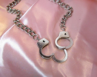handcuff chain link necklace
