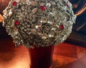 Stunning Brooch Wedding Bouquet