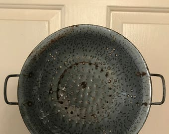 Metal Grey Spatterware Colander