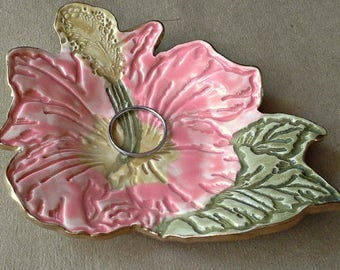 Ceramic Hibiscus Ring holder dish Coral with gold edging