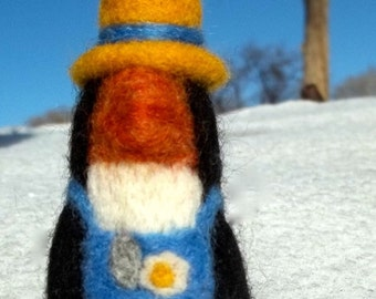 Needle Felting Kit, DIY,  Craft Kit, Spring Penguin, gardener, garden
