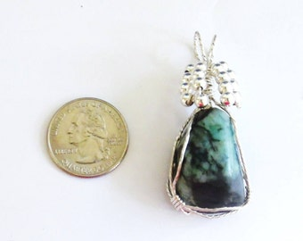 Raw Emerald Gemstone Pendant, Wire Wrapped Pendant, Birthstone Jewelry, Beaded Pendant, Gifts for Her, Sterling Silver Pendant Necklace,