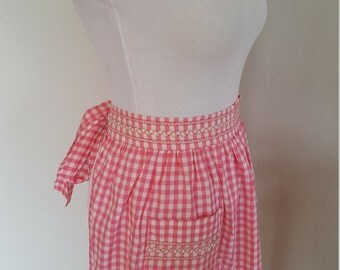 Pink Checkered/ Gingham Vintage Cotton Apron