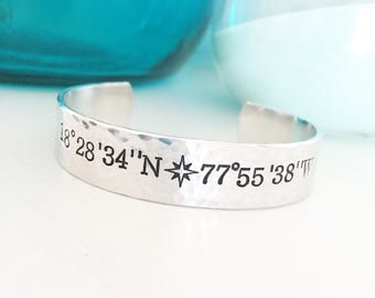 Coordinates Bracelet, Travel Gifts, Coordinates Jewelry, Latitude Bracelet, Longitude Bracelet, Secret Message Bracelet, Compass Bracel