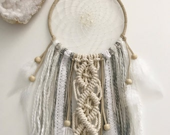 Neutral Dream Catcher // Macrame Boho Wall Art Hanging, Gray Cream Beige Lace Ribbon Yarn, White Feathers, Nursery Decor, Girls Bedroom