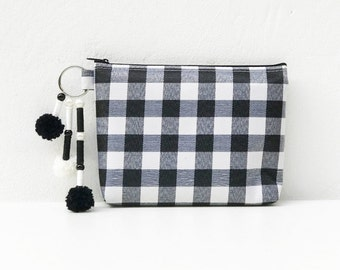 Pouch Zipper 1 Set of 5 piece, Black and White Tablecloth, Cosmetic Bag, Makeup Bag, Zipper Pencil Case, Gift for her, Womens Wristlet