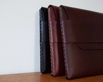 Leather MacBook Sleeve - MacBook Pro Sleeve - Laptop Sleeve - Laptop Case - Laptop Bag - MacBook Air Case | by BLUE & GRAE