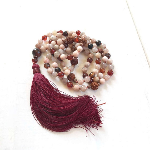 Sunstone Mala Beads, Red Tiger Eye Mala, 108 Bead Knotted Mala, Peach Mala Beads, Yoga Meditation Beads, Yoga Jewelry, Mala Bead With Tassel
