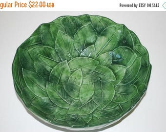 ON SALE Vintage Green Leaf Design Bowl