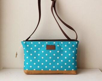 W-pockets Shoulder Bag