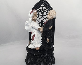 Halloween Wedding Cake Topper- Skeleton Bride and Groom Wedding Cake Topper- Skeleton Wedding- Halloween Topper- Graveyard Couple-