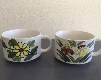 Oversized and chunky pair of vintage handled ceramic daisy flower mugs for coffee / tea / hot cocoa / soup 1960s Old Florida flower pattern!