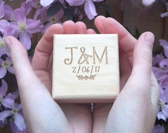 Personalised Wedding Ring Box, Engagement Ring Box, Wooden Ring Box, Unique Ring Box, Ring Bearer, Ring Holder, Ring box wedding, Branch