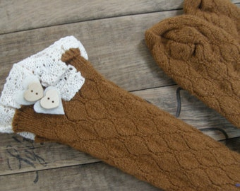 SALE, Boot Socks, Leg Warmers, Boot Topper, Knitted Boot Socks, Crochet Lace Trim, Buttoned Boot Socks