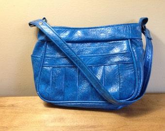 Vintage 1970s Blue Vinyl Handbag Purse 70s Boho Hobo