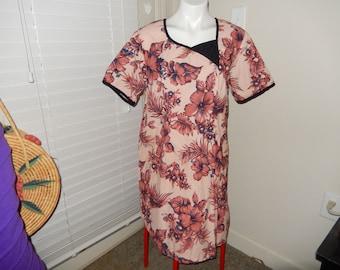 Polynesian Type Dress - Measurements Below