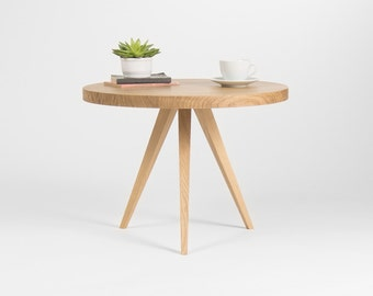 Coffee table, end tables, console tables, side table, accent tables, round coffee table, wood coffee table, oak coffee table, small table
