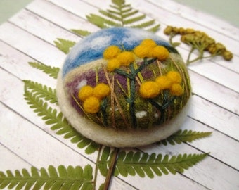 Gift for mom Needle felted yellow flower brooch  Gift ideas  Wool felt jewelry Gift for women Nature pin Boho fashion Spring fashion