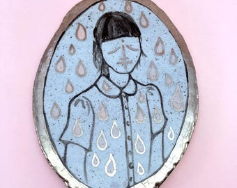 """ceramic illustration """"Drops"""", drawing of a girl with shiny platin luster"""