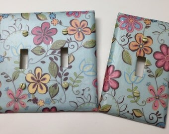 Happy All Over Floral Light switch covers,light switch plate,outlet covers,outlet plates,home decor, wall art