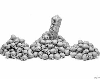 Piles of skulls (unpainted) - Miniature tabletop furniture, dungeon decor