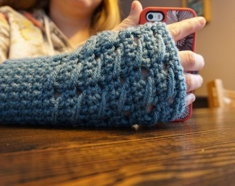 Slant Stitch Gloves