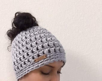 Ready to ship! Messy bun beanie//Messy bun hat//gray//grey//Bun beanie//bun hat//chunky