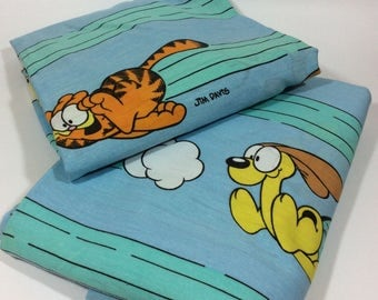 Vintage Garfield The Cat Chasing Odie Twin Flat & Fitted Sheets