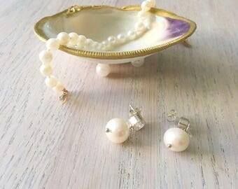 "Medium (3""+) Clam Shell Jewelry Dish"