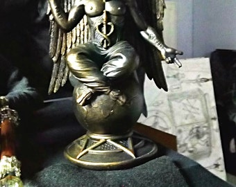 baphomet satanic altar statue