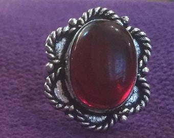 Garnet quartz red and silver ring o1/2 us 7 1/4
