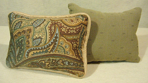 brown paisley pillow set of 2 pillows brown and sage green. Black Bedroom Furniture Sets. Home Design Ideas