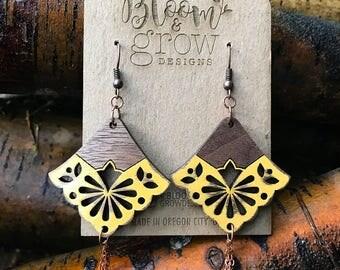 Wooden Earrings - Yellow Lace