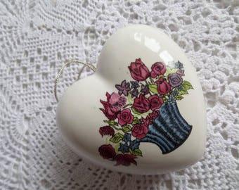 Vintage sweet little porcelain heart pomander