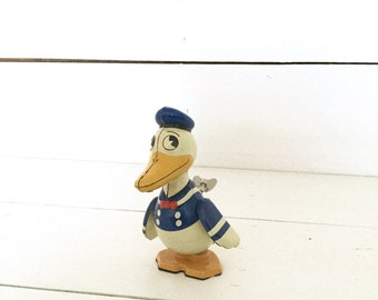 Schylling  Young Epoch  retro tin litho Donald Duck - Disney -collectible
