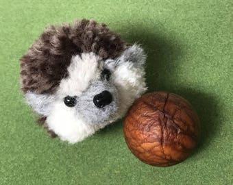 Hedgehog Pom pom